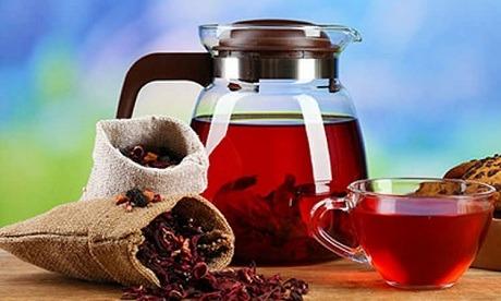 Горячий чай каркаде для женщин