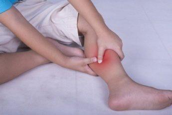 Как лечить ночные судороги в ногах