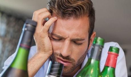 Болит голова с похмелья что делать