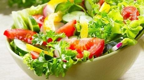 Польза свежих овощей от тяжести