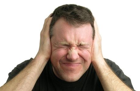 Что делать при постоянном шуме в ушах