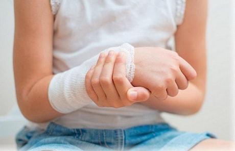 Как делать повязку на больной сустав