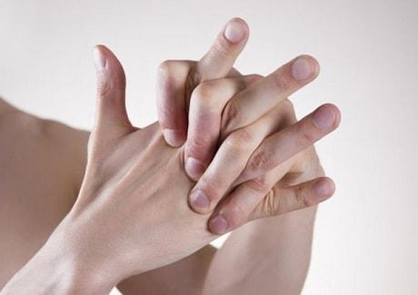 Хрустят пальцы как лечить