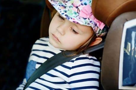 Что делать если укачивает в машине