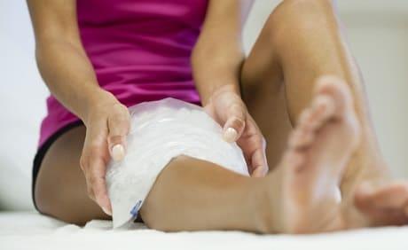 Лед на колено при растяжении