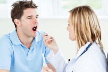 Почему скапливается мокрота в горле