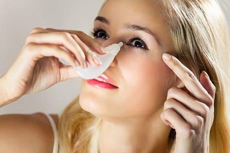 Симптомы и лечение сухости глаз