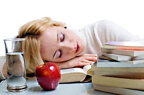 Причины повышенной утомляемости и сонливости