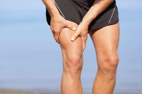 Как снять мышечную боль в ногах